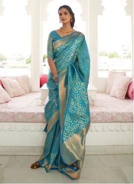 Adorning Weaving Designer Saree