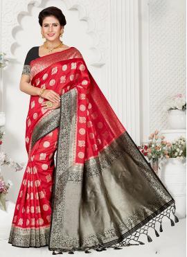 Alluring Zari Reception Designer Traditional Saree