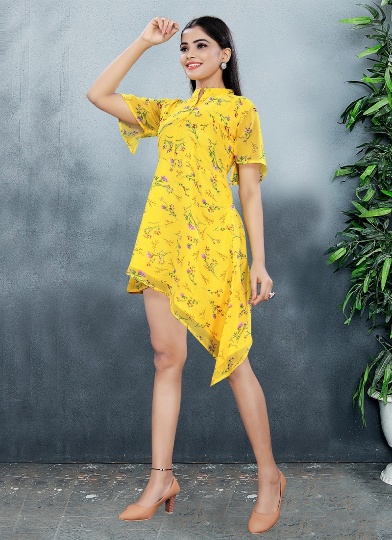 Appealing Designer Kurti For Festival