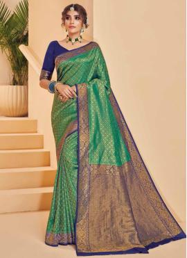 Aristocratic Silk Weaving Designer Traditional Saree