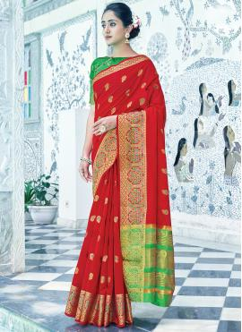 Bedazzling Cotton Red Traditional Saree