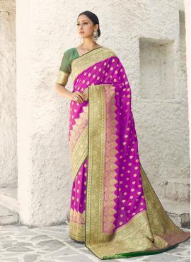 Distinctive Purple Weaving Handloom silk Designer Traditional Saree