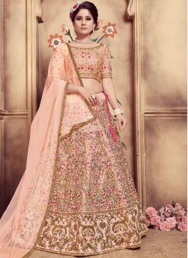 Engrossing Designer Lehenga Choli For Sangeet