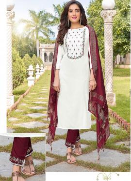 Engrossing White Embroidered Trendy Salwar Kameez