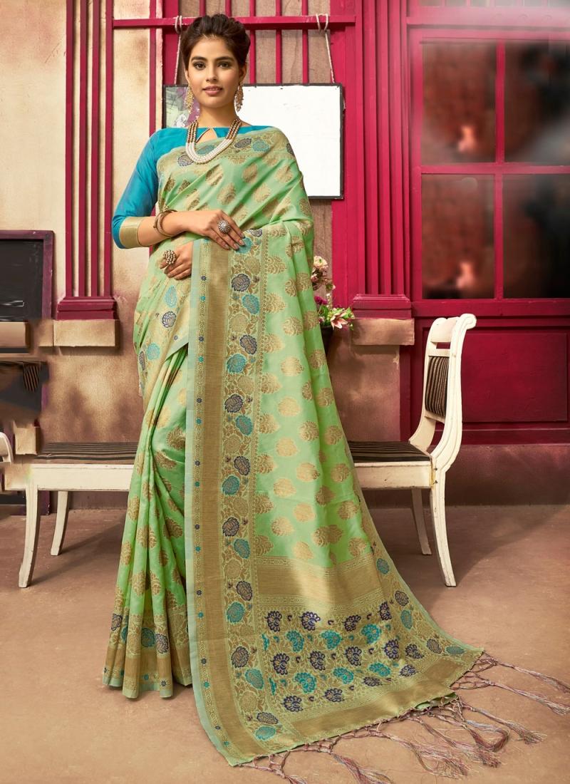 Especial Fancy Green Traditional Saree