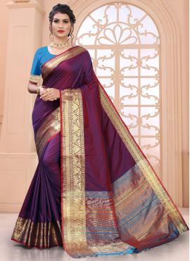 Exceptional Weaving Magenta Silk Designer Saree