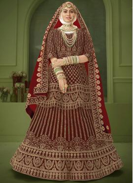 Eye-Catchy Lehenga Choli For Engagement