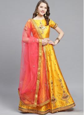 Fashionable Bollywood Lehenga Choli For Ceremonial