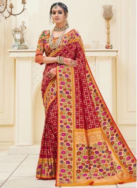 Fetching Banarasi Silk Designer Traditional Saree