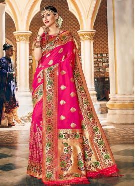 Fetching Silk Traditional Designer Saree