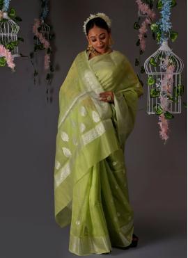 Glorious Weaving Banarasi Silk Designer Traditional Saree
