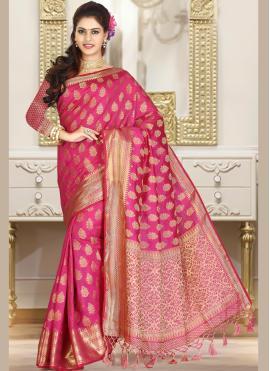 Groovy Weaving Rani Jacquard Classic Saree