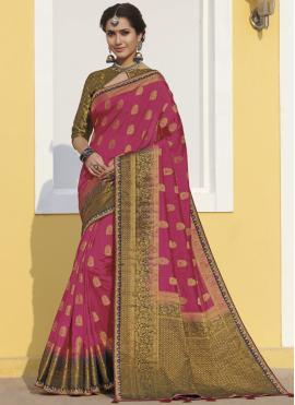 Magnetize Rani Classic Saree
