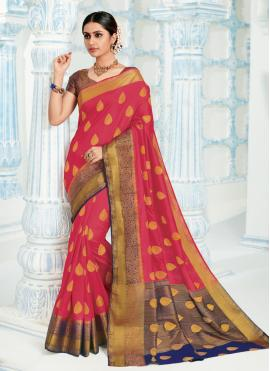 Magnificent Silk Festival Trendy Saree