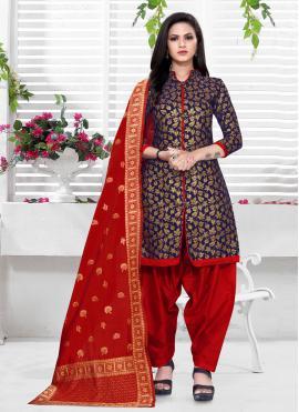 Marvelous Punjabi Suit For Festival