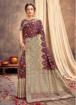 Nice Silk Weaving Wine Classic Saree