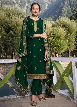 Noble Green Resham Faux Georgette Salwar Kameez