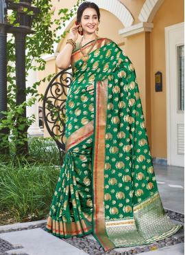 Perfervid Handloom silk Green Woven Designer Traditional Saree