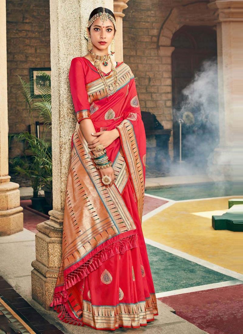 Phenomenal Weaving Silk Red Designer Traditional Saree