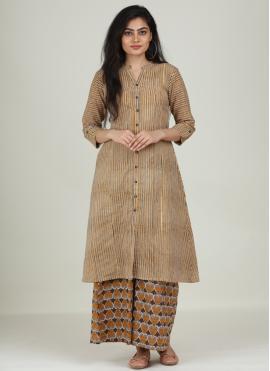 Praiseworthy Print Cotton Designer Kurti