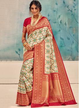 Ruritanian Weaving Classic Saree
