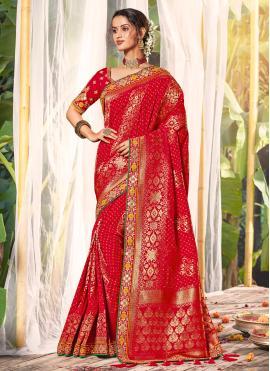 Silk Classic Saree in Red