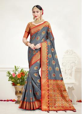 Silk Weaving Traditional Saree in Grey