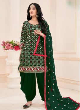 Sonorous Mirror Cotton Green Salwar Suit