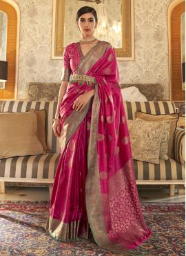 Spellbinding Tussar Silk Weaving Traditional Designer Saree
