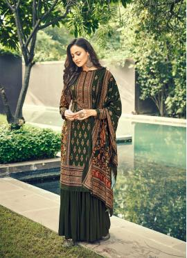 Splendid Velvet Digital Print Designer Pakistani Salwar Suit