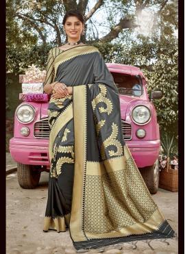 Staring Weaving Sangeet Designer Traditional Saree