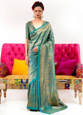 Surpassing Silk Weaving Green Contemporary Saree