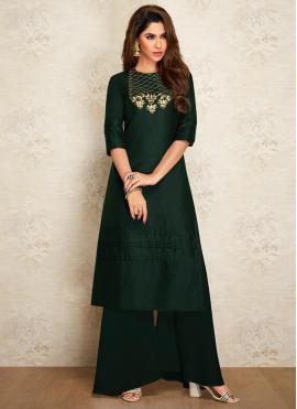 Titillating Designer Kurti For Party