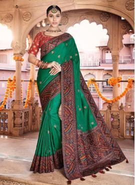 Vivacious Green Silk Designer Traditional Saree