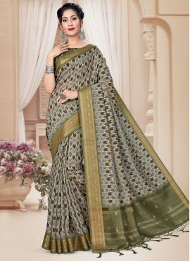 Voluptuous Digital Print Green Printed Saree